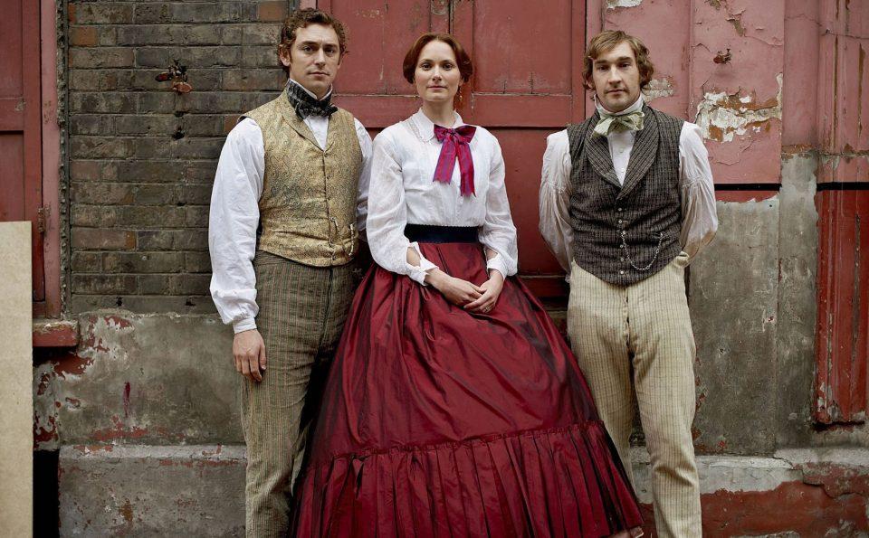 JJ Feild (Sam Beeton), Anna Madeley (Isabella Beeton), e Joseph Mawle (Fred Greenwood) in The Secret Life of Mrs. Beeton (2006)-.